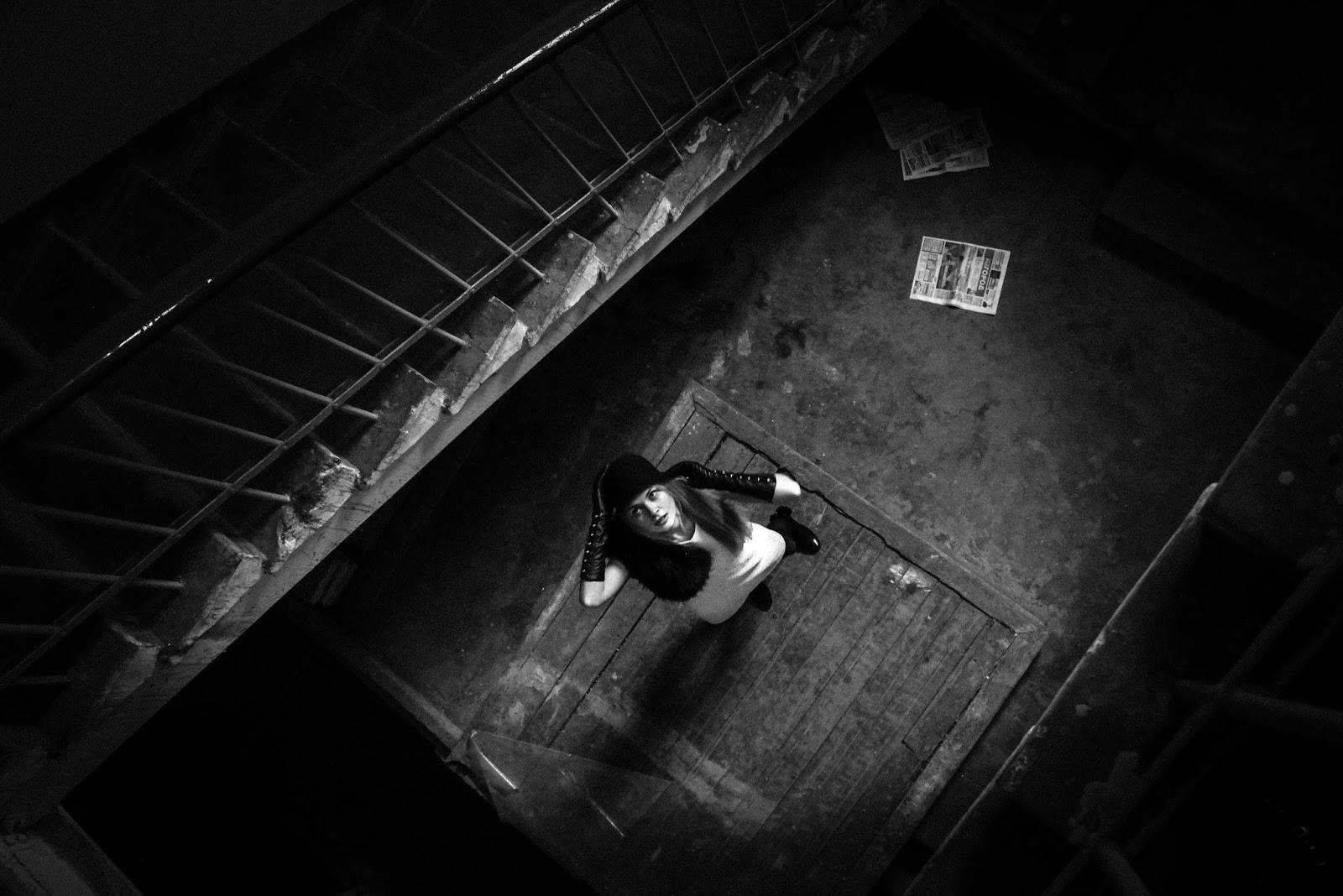 Секс в подъезде олеся, Порно в лифте и секс в подъезде на 24 видео 13 фотография