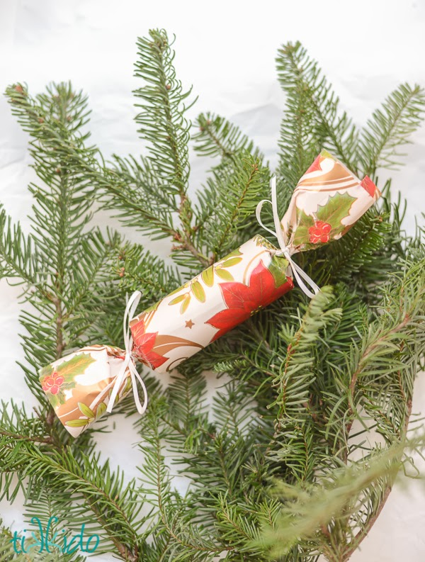 English Christmas Crackers.English Christmas Crackers Nope You Don T Eat Them