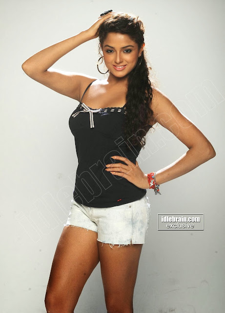 Asmita Sood Hot