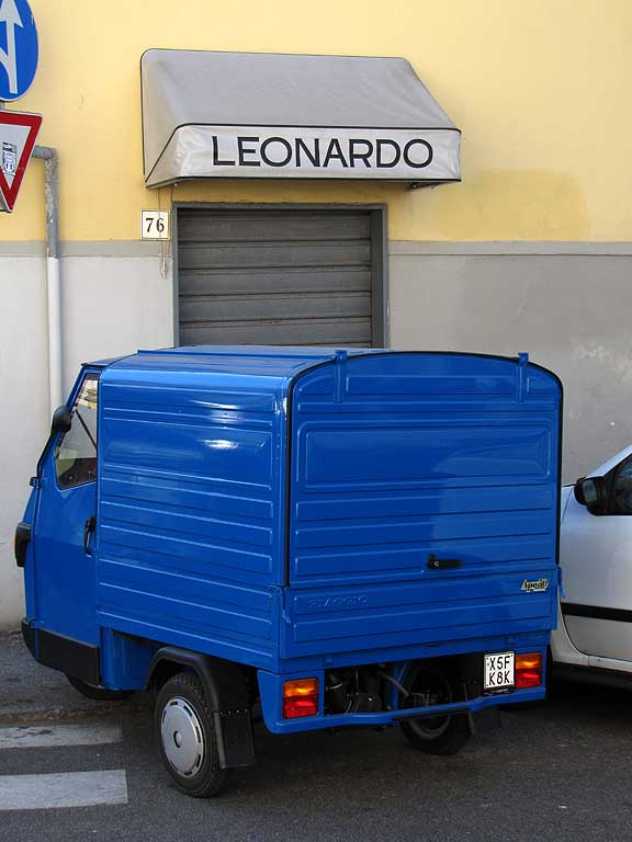Blue Piaggio Ape, Leonardo shop sign, via dell'Origine, Livorno