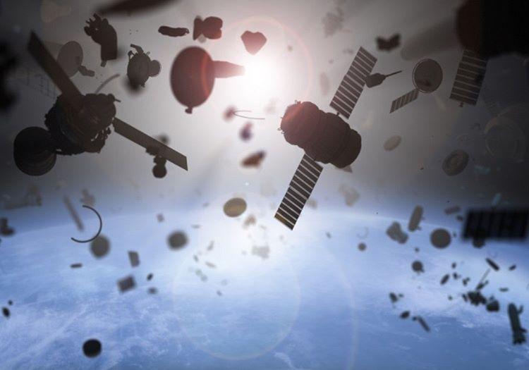 Çöp uydular dünyamız için bir risktir, yörüngeden temizlenmedikleri sürecede öyle kalacaklar.