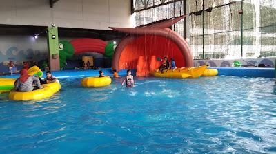 Indoor-waterpark-aeonmall-kelantan