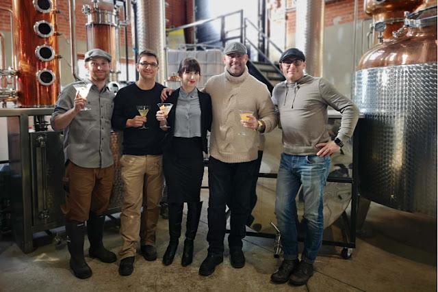 distillerie,quebec,distillerie-la-chaufferie,distillerie-de-granby,madame-gin,amis