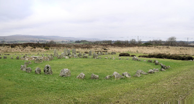 https://commons.wikimedia.org/wiki/File%3ABeaghmore_Stone_Circles_and_Standing_stones_-_geograph.org.uk_-_112215.jpg