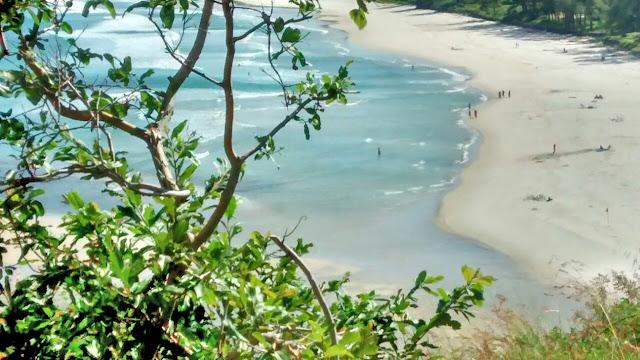 Praia na Zona Oeste
