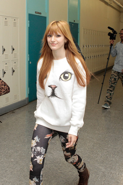 Womens Clothing Bella Thorne White Cat Sweatshirt