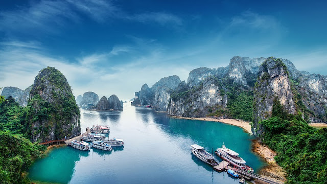 Halong Bay - Destination With Surreal Beauty In Vietnam