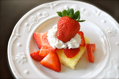 Comstock Strawberry Pie Filling Cake Recipes