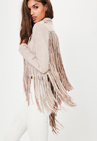 https://www.missguided.eu/pink-faux-suede-fringe-detail-biker-jacket-10042905