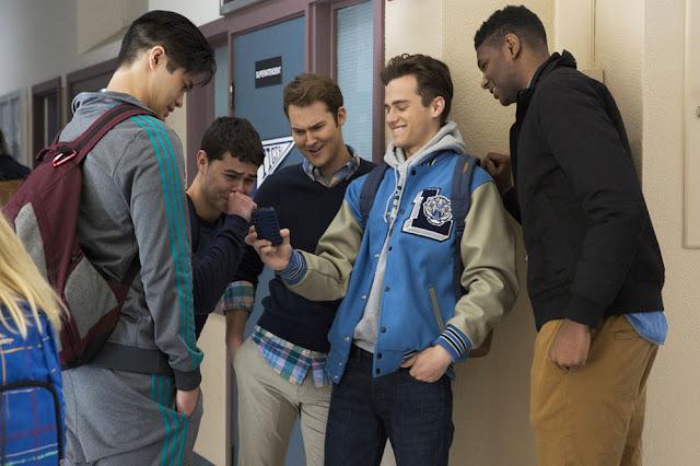 Algunos de los chicos de instituto que hacen la vida imposible a Hannah Baker