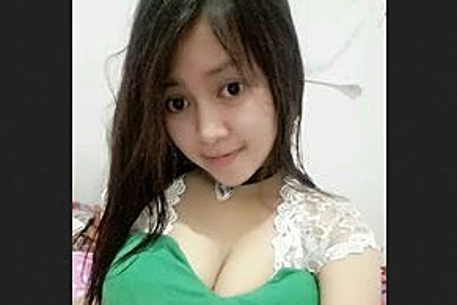 Ngentot Cewek Bandung Cantik Crot Dimulut