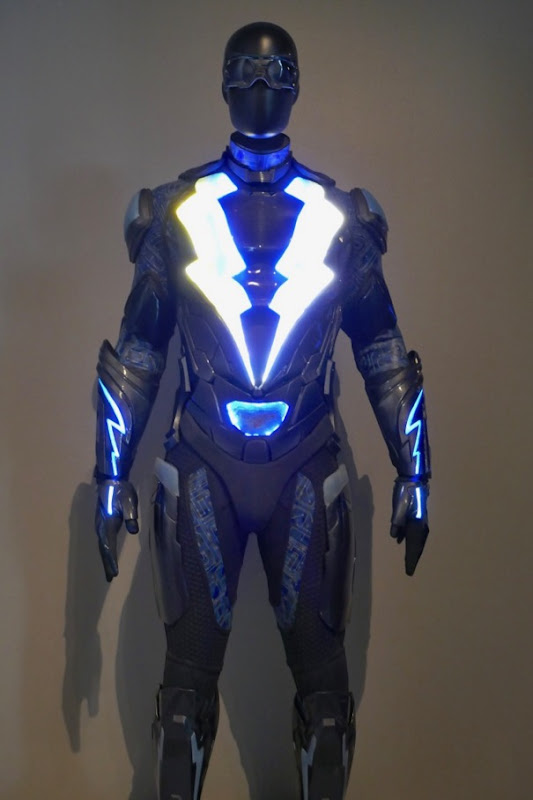 Black Lightning TV costume