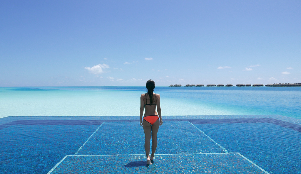Euriental | fashion & luxury travel | Quiet Zone at the Conrad Maldives Rangali