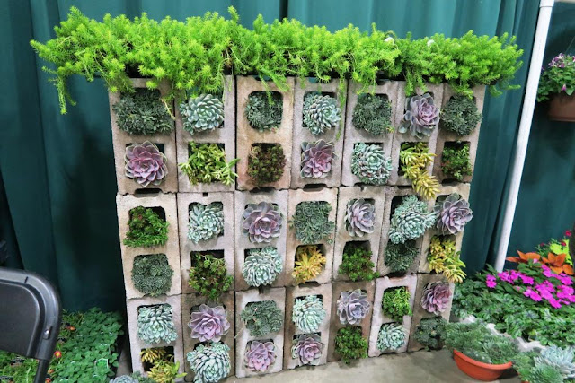 TSTUNN%257E1 25 Stunning Planter Concrete Blocks Alternatives to Transform Your Backyard And That Are All Your Front Porch Needs Interior