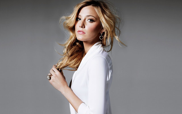Blake lively Wallpapers