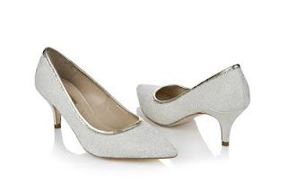 Contoh Model Sepatu Wanita Modern Terbaru