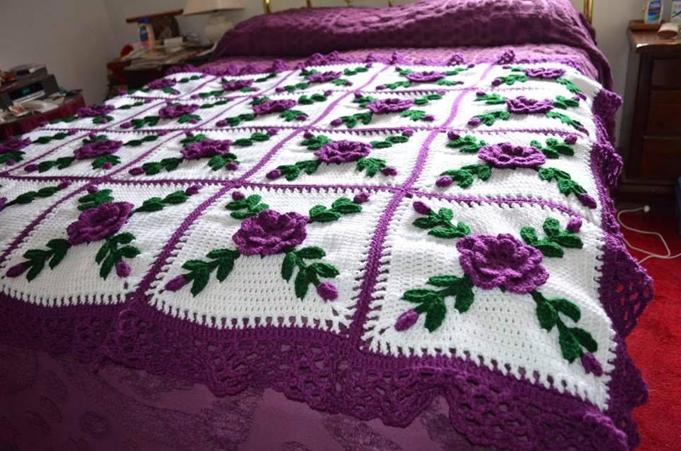 Crochet Blanket - Afghan Bouquets