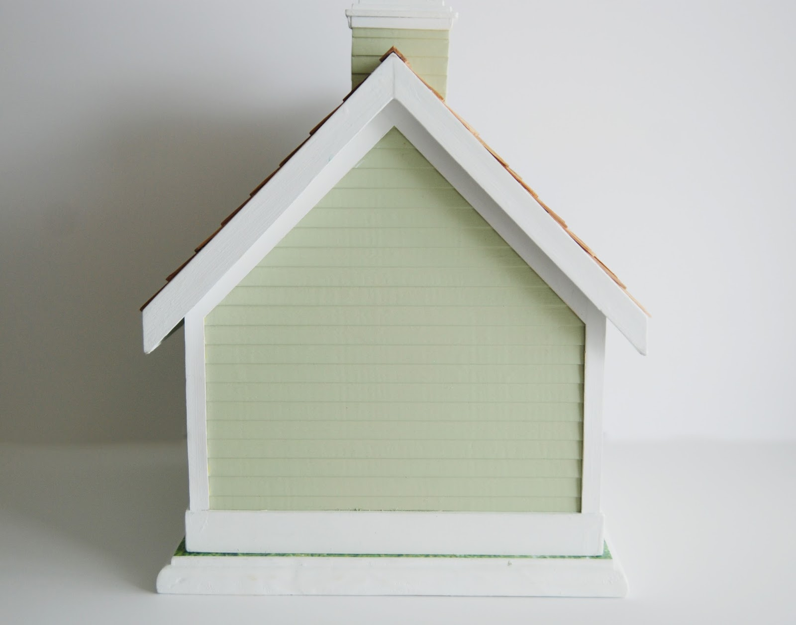 cottage style dog house | painted siding | Rambling Renovators
