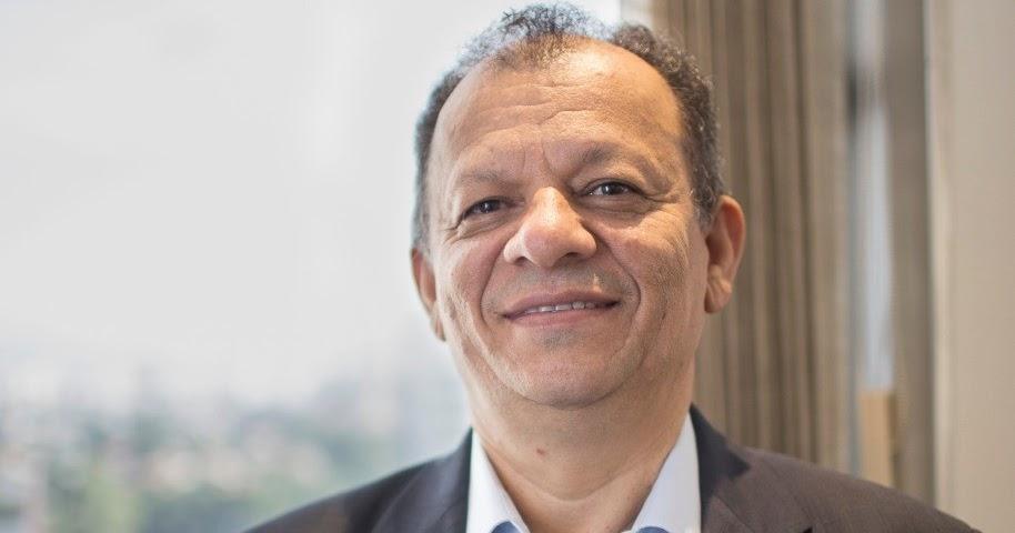 Blog do Tiago Padilha: Diálogo, com Alexandre Piúta.