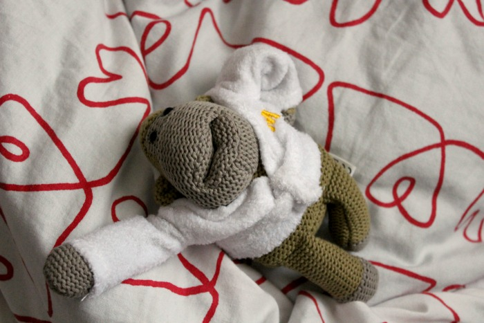 Knitting Pattern For Pg Tips Monkey : Lilly Ashton  : The PG Tips Monkey: Up Close & Personal