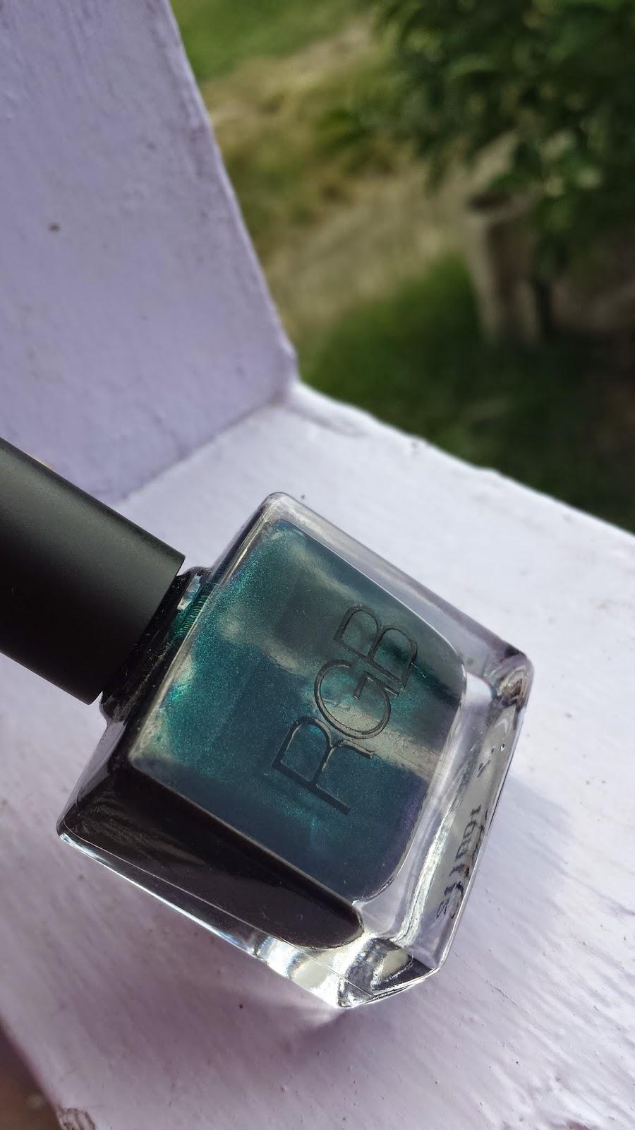 RGB Cosmetics 'Sea' - www.modenmakeup.com