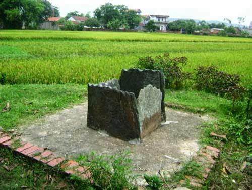 Giếng vuông cổ ở Vĩnh Phúc