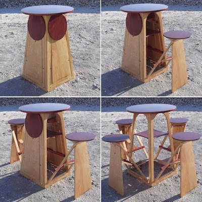 Mesa con 4 bancos desmontable