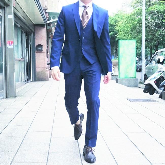 上班族穿搭男裝的超有型方案 | Attire23s 櫃姐不提的穿搭二三事(服裝。穿著。搭配)