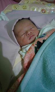 Pijat Refleksi untuk Demam Bayi dan Panas Anak