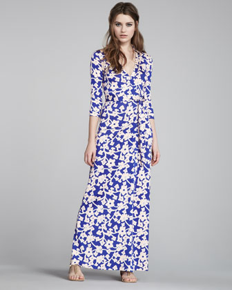 Everyone loves a great maxi dress because it can be dressed up or down and  is flattering on any body time. Here are a few of my favorites this season 3303b2c1a513