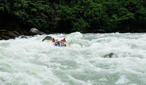 Arung Jeram Sungai Asahan