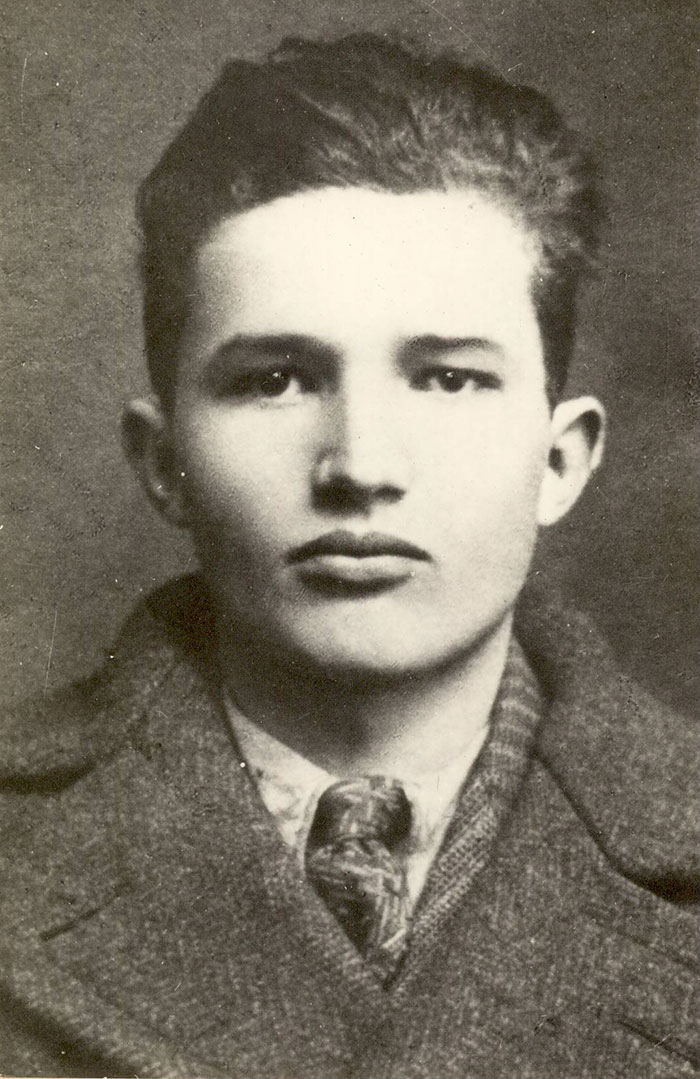 30 Pictures Of World Leaders In Their Youth That Will Leave You Speechless - Young Nicolae Ceausescu