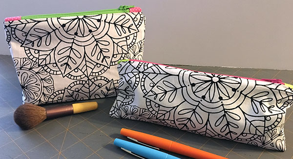 Don't fear the zippers! Two easy zipper pouch tutorials.