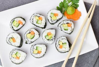 Sushi makanan dari jepang yang lezat