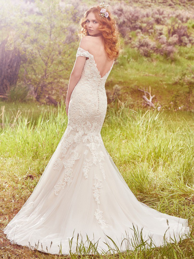 Elizabeth 39 s bridal manor afton wedding dress maggie sottero for Maggie sottero mckenzie wedding dress