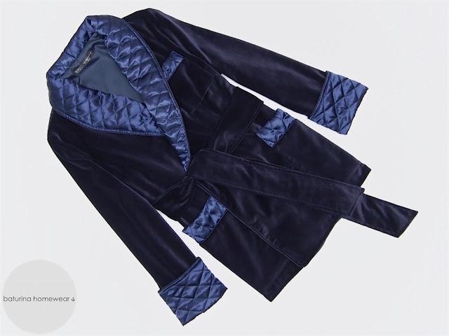 herren hausjacke samt warm smoking jacket englisch dunkelblau gesteppt gefüttert edel elegant exklusiv morgenmantel britisch hausmantel raucher jacke