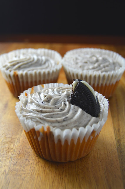 Oreo Surprise Cupcakes with Cookies and Cream Frosting Recipe