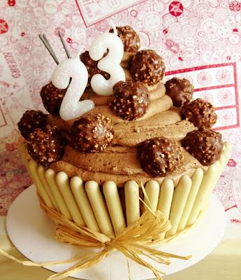 Giant Cupcake Birthday Cake Sainsbury S