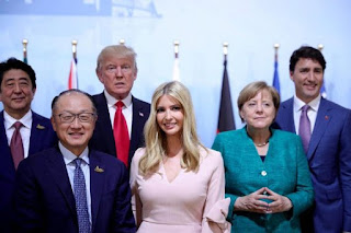 Ivanka-trump-sits-on-fathers-chair-at-G20-Summit