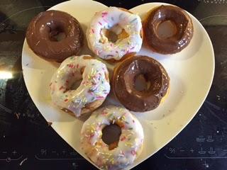Caroline Makes Baked Ring Doughnuts