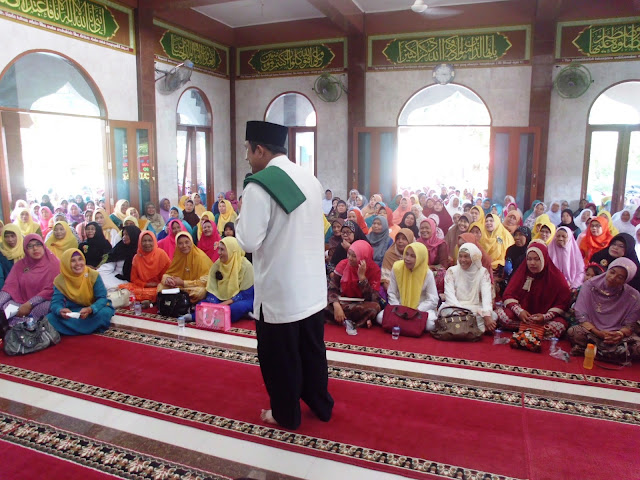 Abdul Azis, Balon Bupati Langkat Idaman Kaum Ibu