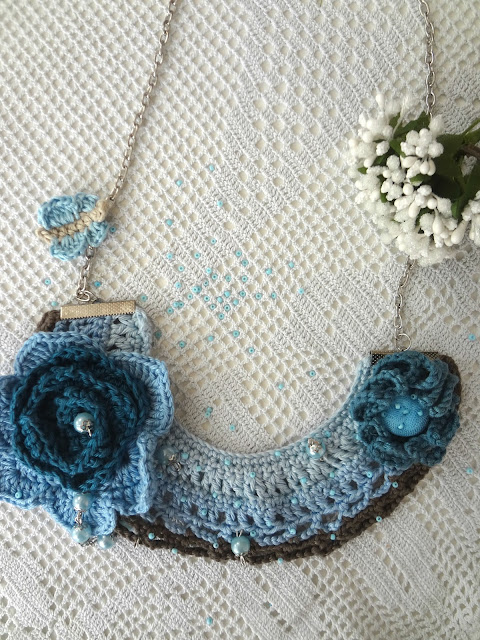 Blues Flowers, Blue Necklace!
