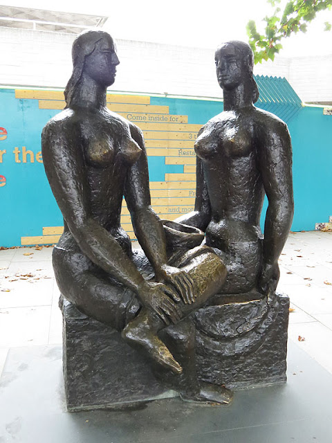London Pride by Frank Dobson, Royal National Theatre, South Bank, Lambeth, London