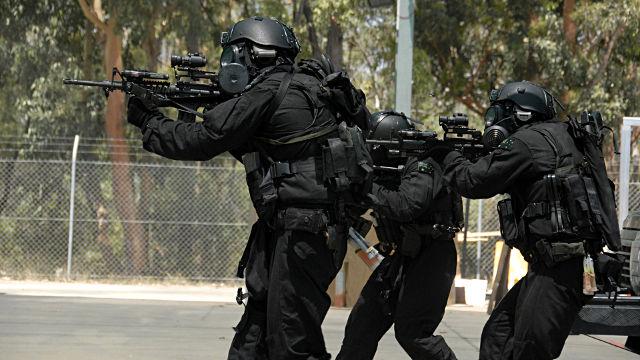 3 SWAT Assaut - Fond d'écran en Full HD