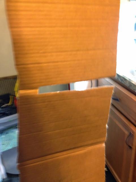 Slit Light Cardboard