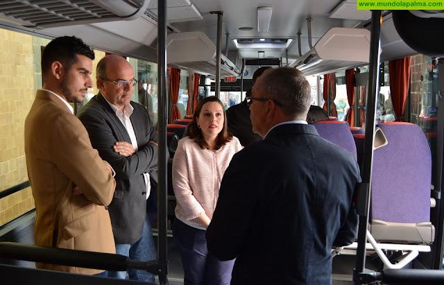 El Cabildo avanza en la remodelación del transporte público en la isla con la incorporación de cuatro nuevas guaguas