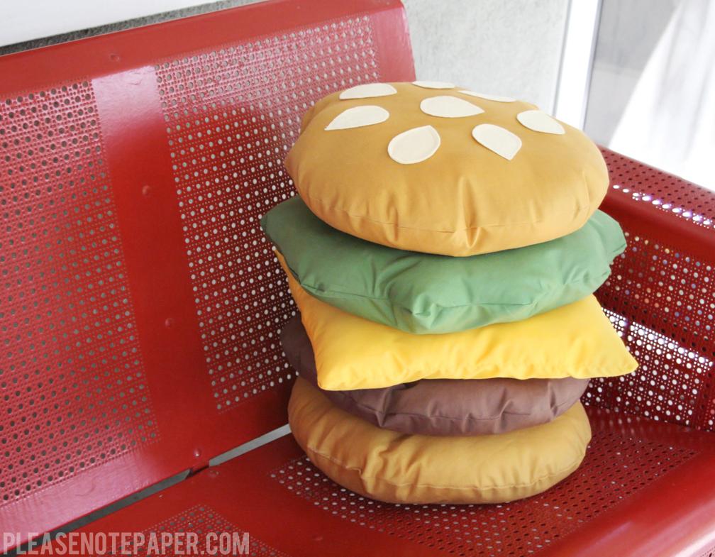 Please Note: DIY: Stackable Burger Pillow