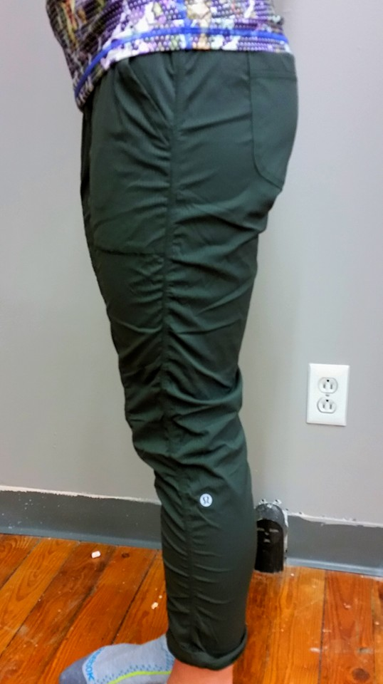lululemon-power-y street-to-studio-pant gator