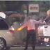 Video donde captan agentes supuestamente de aduana robando las fundas navideñas que entrega el gobierno para los pobres