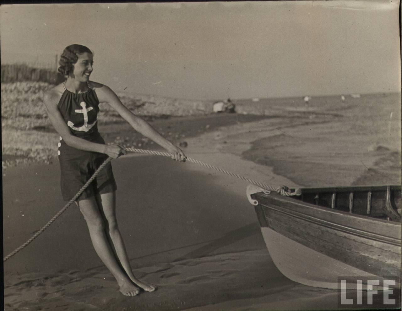 Vintage Snapshots of Summer Fun on the Beach ~ vintage
